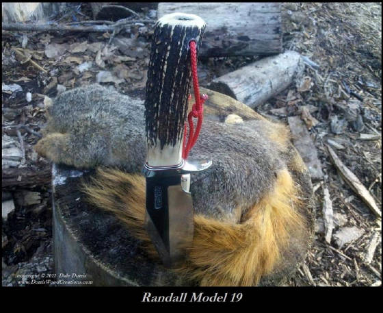 RMK_19_squirrel_tail_bord_text_Med.jpg