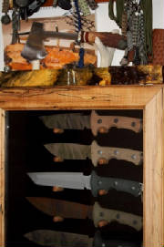 Spalted_Maple_JerryM_treeman_knives_Medium.jpg