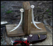 bookends_barn_wood_antler_8_tall_x_5_wide_x_5_deep_5_bordtext.jpg
