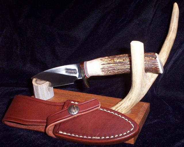 11-3_oak_stand_sheath.jpg
