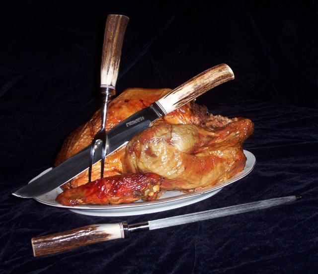 Carving_set_turkey_i_Small.jpg