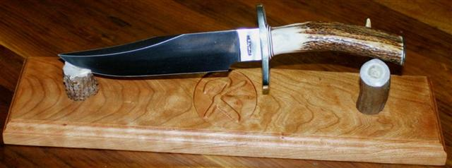 Cherry_stand_K_15inches_NordicBowie.jpg